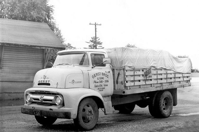 1950 Grain Hauling Truck