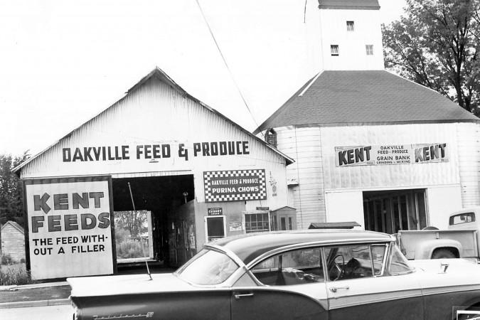 Oakville Feed & Grain