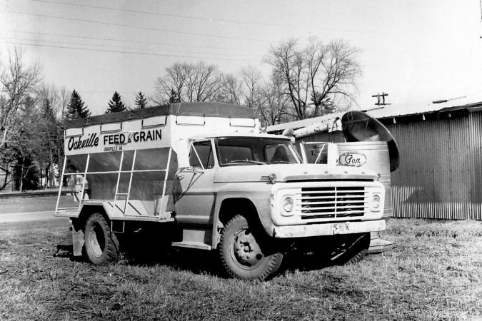 Oakville Feed & Grain Truck